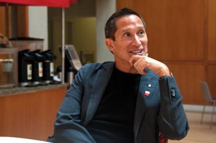 President José Bowen