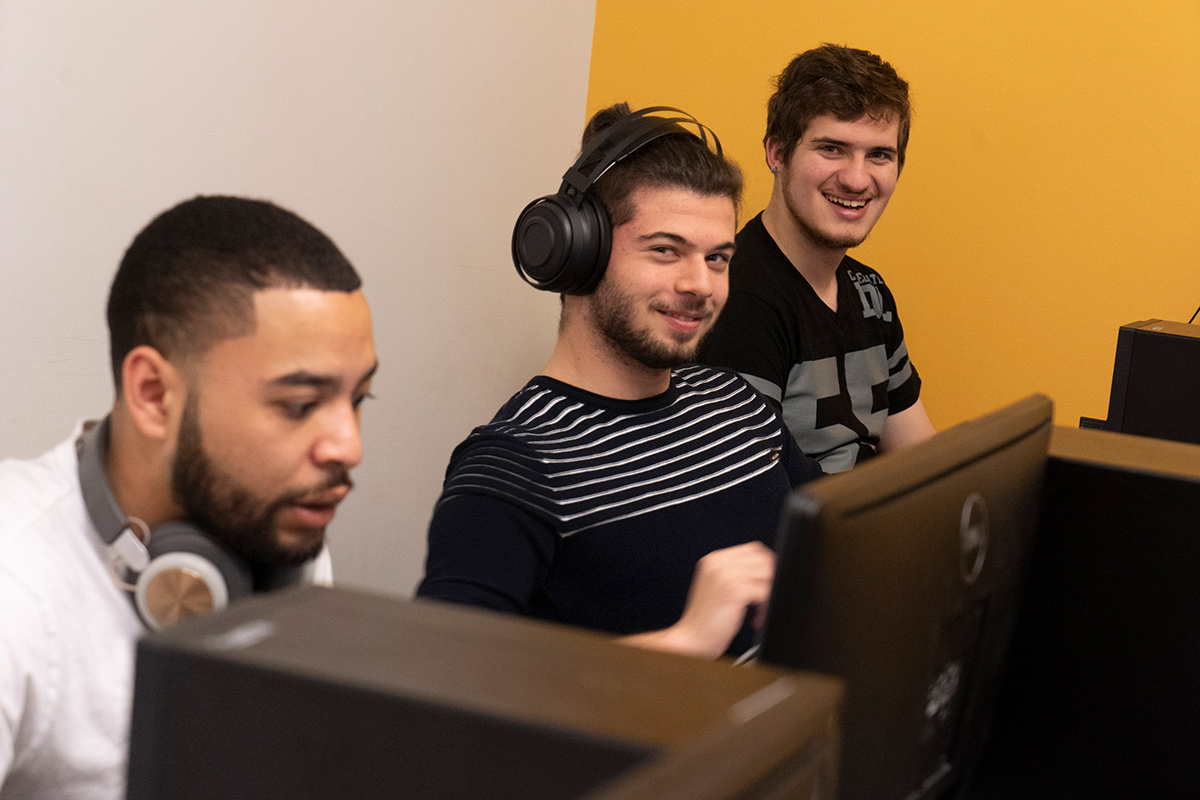 League of Legends Goucher players